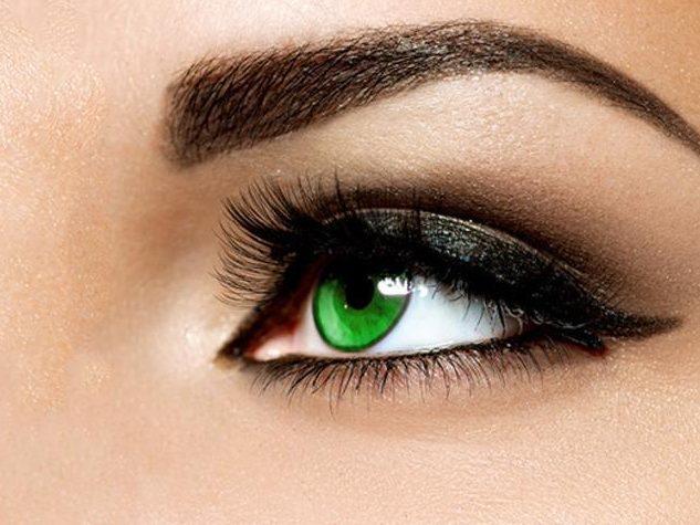 Grüne Kontaktlinsen farbig